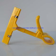 Supermarket Thumb Shape Clips , Price Tag Holder Clip With Universal Joint